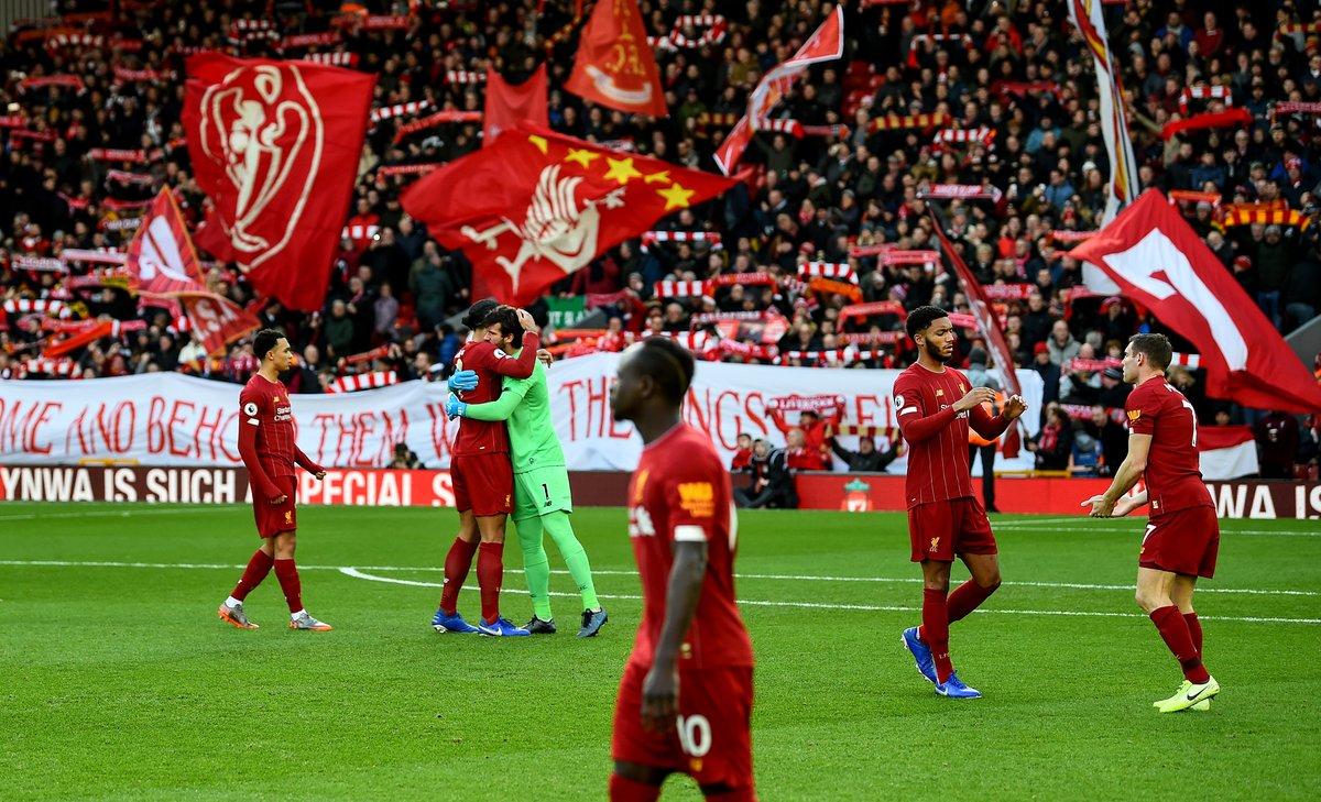 Liverpool's last....  ◽ Defeat in the Premier League — 422 days ago ◽ Defeat at Anfield — 520 days ago ◽ Defeat in the Premier League at Anfield — 1,042 days ago  What a football team 👊