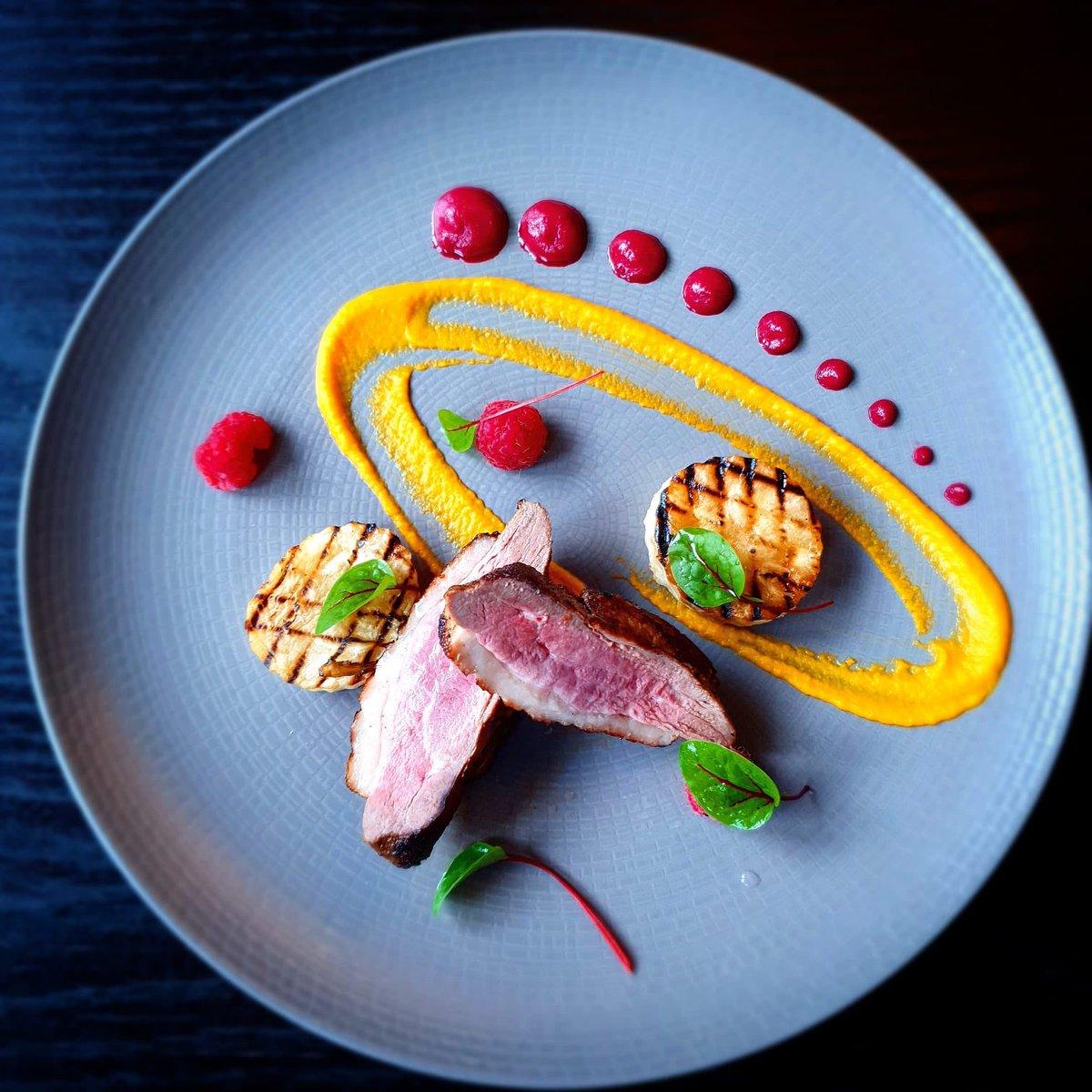 Today's special. Panfried duck breast, beetroot carrot ginger and celeriac.  👨🍳 👩🍳 #dublincitycentre #dublinonourdoorstep #Ourteam #chefgoals #chefteam #dublinfood #dublindining https://t.co/ELF4ecnz3f