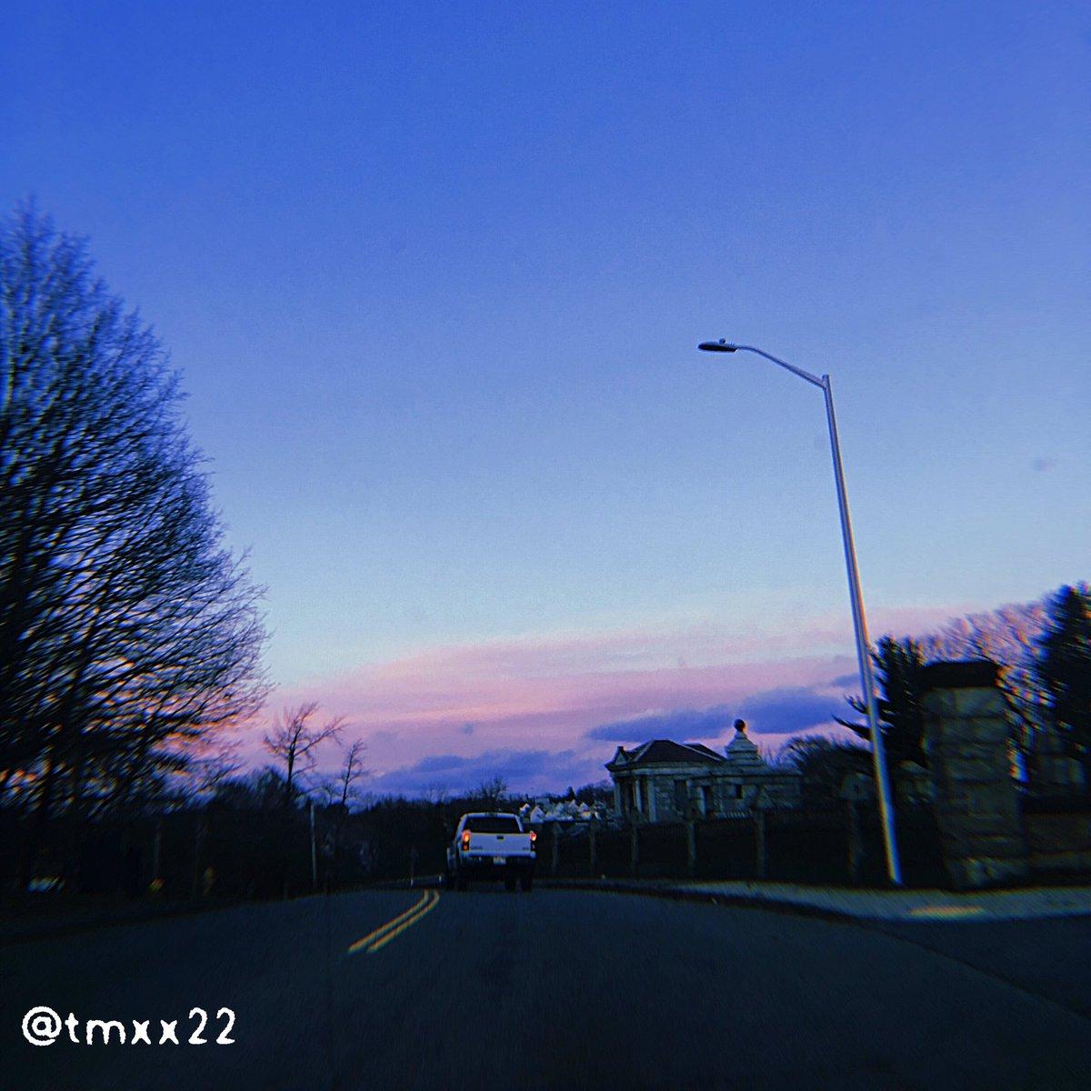 streets 2  #street #photo #photographer #photography #aesthetic #vaporwave #cars #lofi #huji #sunset #sky #road