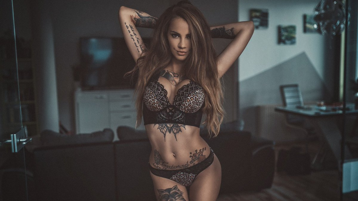 my first tweet ;-) Model: jackie_blabla  #ink #tattooinkspiration #inkedup #inkedgirls #inkedmodel #suicidegirls #austriangirl #inkedbabes #inkedlife #suicidegirl #inkedmag #tatts #tat #modellife  #inkstagram #austrianmodel  #model #photoshooting #photooftheday #jackie_blablapic.twitter.com/hIG8narvGL