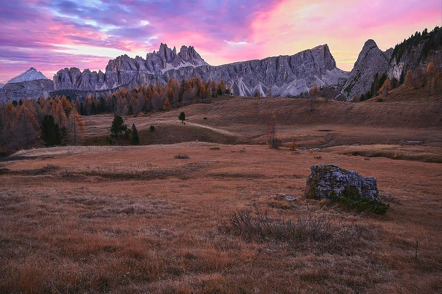 Art for the Eyes!  #Dolomites #Italy #artwork #art #artlover #landscapelovers #photooftheday #wallart #PHOTOS #visa #AmexLife #amex #photographyislife #picoftheday #saatchiart #italiausa    #FotografiaWMX
