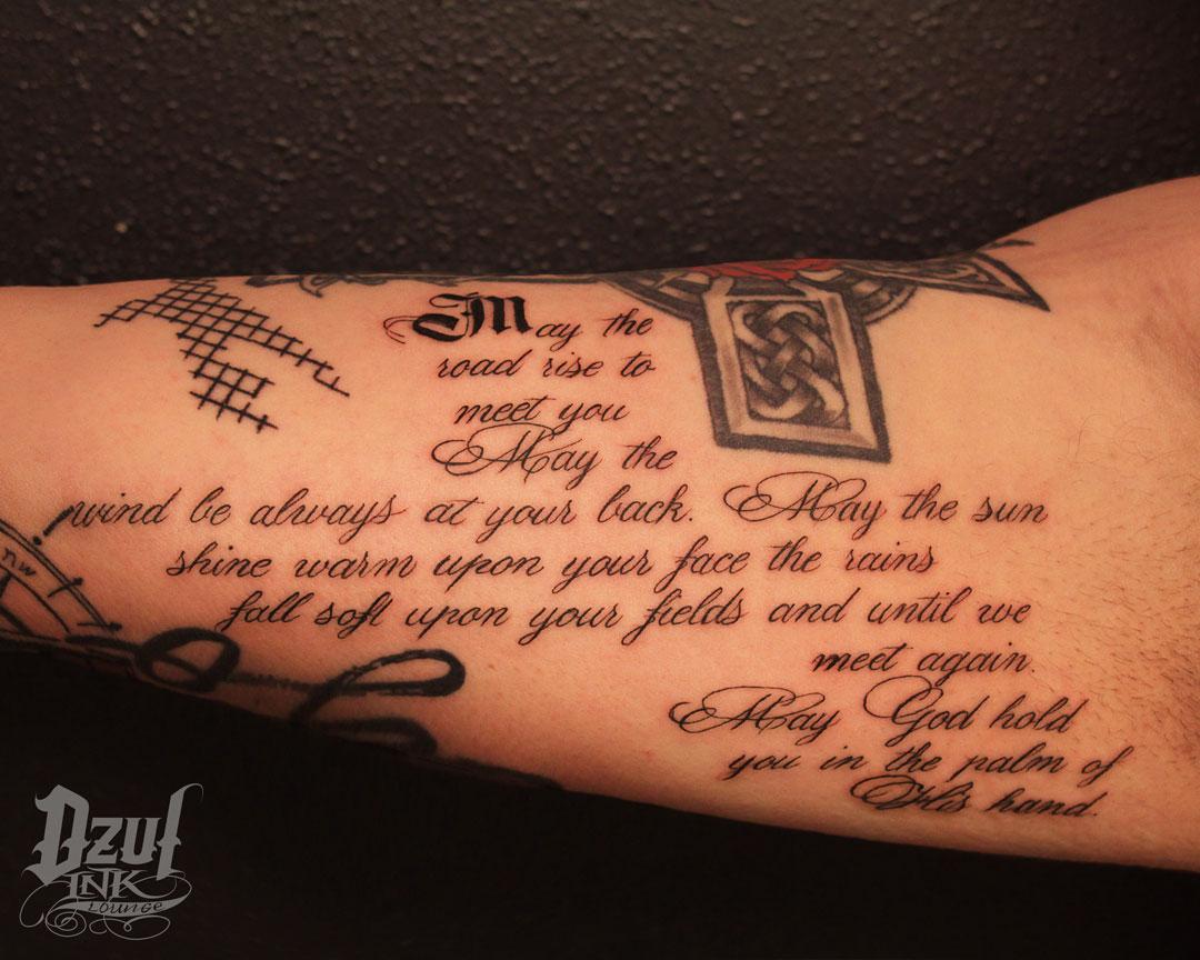 """""""May the road rise to meet you.""""  . Tattoo by @dzulking . . . #scripttattoo #irishtattoo #tattoosleeve #tattooseattle #seattletatt #tattlove #tattedup #inkedup #inkedguys #seattlefashionpic.twitter.com/VxgmAfNB1R"""