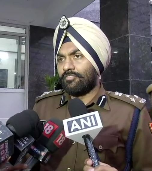 MS Randhawa, Delhi Police PRO: We have registered 123 FIRs so far, around 630 people have been arrested detained/arrested. #DelhiViolencepic.twitter.com/i4xkmShAWY