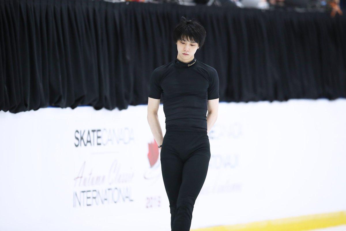 いくつかの企画を進めるため、この数日間ずっと今季の #羽生結弦 選手の写真を見直してまとめています!やっと四大陸選手権まできた…写真は昨年9月のオータムクラシックから。半年前なのに懐かしい。#フィギュアスケート#YuzuruHanyu