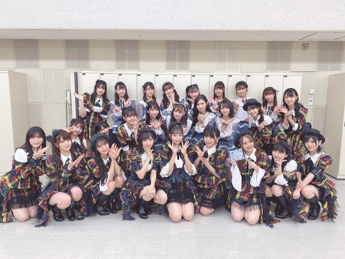 NHK特番!RAGAZZE!の収録をしてきました❤︎AKBの沢山の楽曲を披露したよ😊3月28日 23:00〜見てねっ👀#イコラブ さんと #ももクロ さんと記念ショット💘