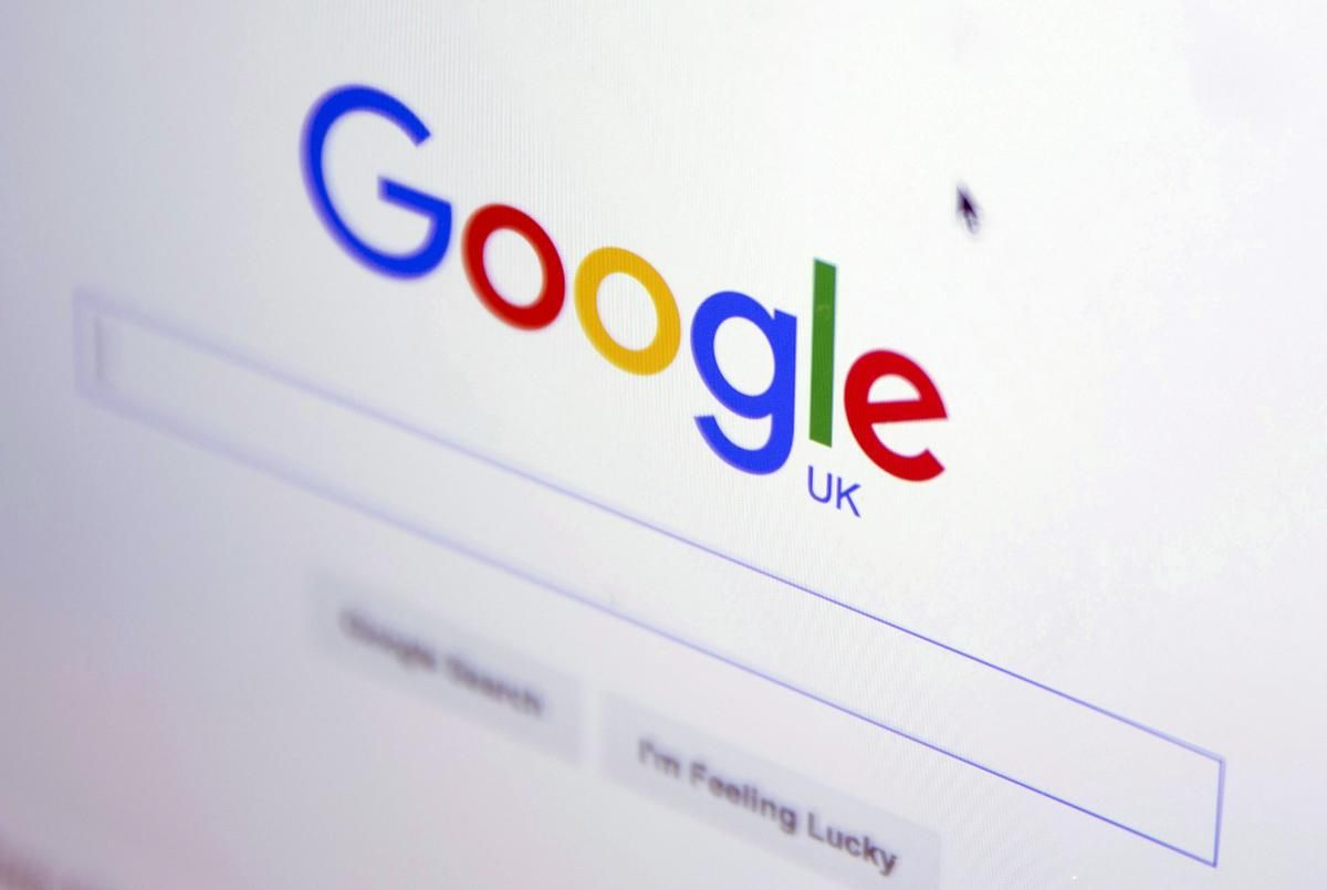 Google will move its British users' accounts out of the control of European Union #privacy regulators, placing them under US jurisdiction instead. The shift, prompted by #brexit, will leave the personal info of millions with less protection. https://buff.ly/3cgd5zM #tech