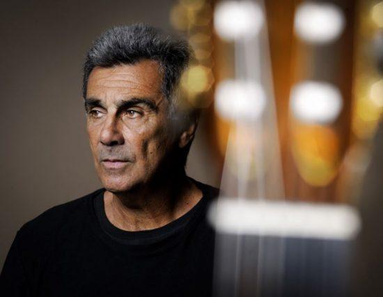 Sons da Noite: 70 anos do compositor e violonista Guinga será celebrado no CCBB https://bit.ly/2wNm2jxpic.twitter.com/pY7Z1g4Nri