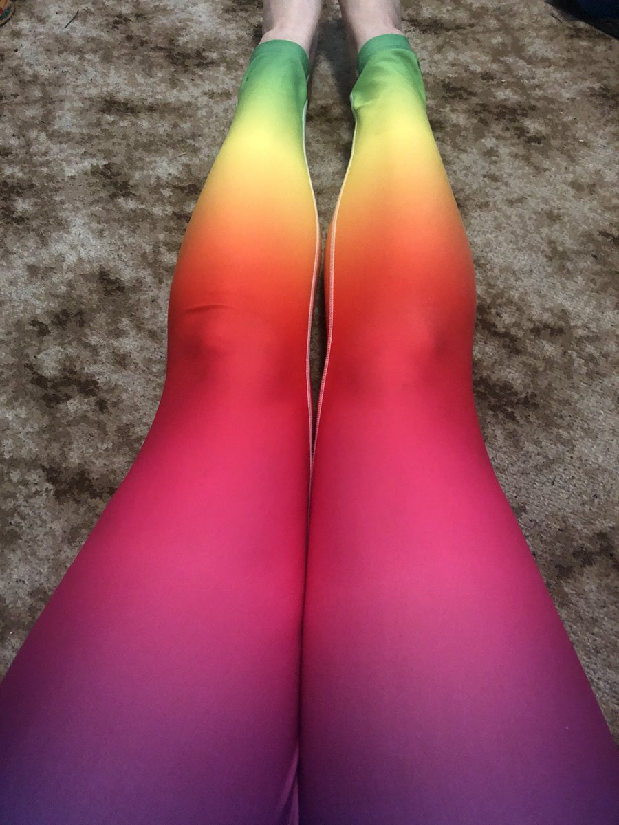 """Several people have said to me now """"those leggings are bright,"""" in the tone of """"you shouldn't be wearing those .""""  And I'm like . I like them, I don't give a shit if you don't . Worry about your own damn clothes! #youdoyou #liveyourbestlife <br>http://pic.twitter.com/zgpionZhu6"""