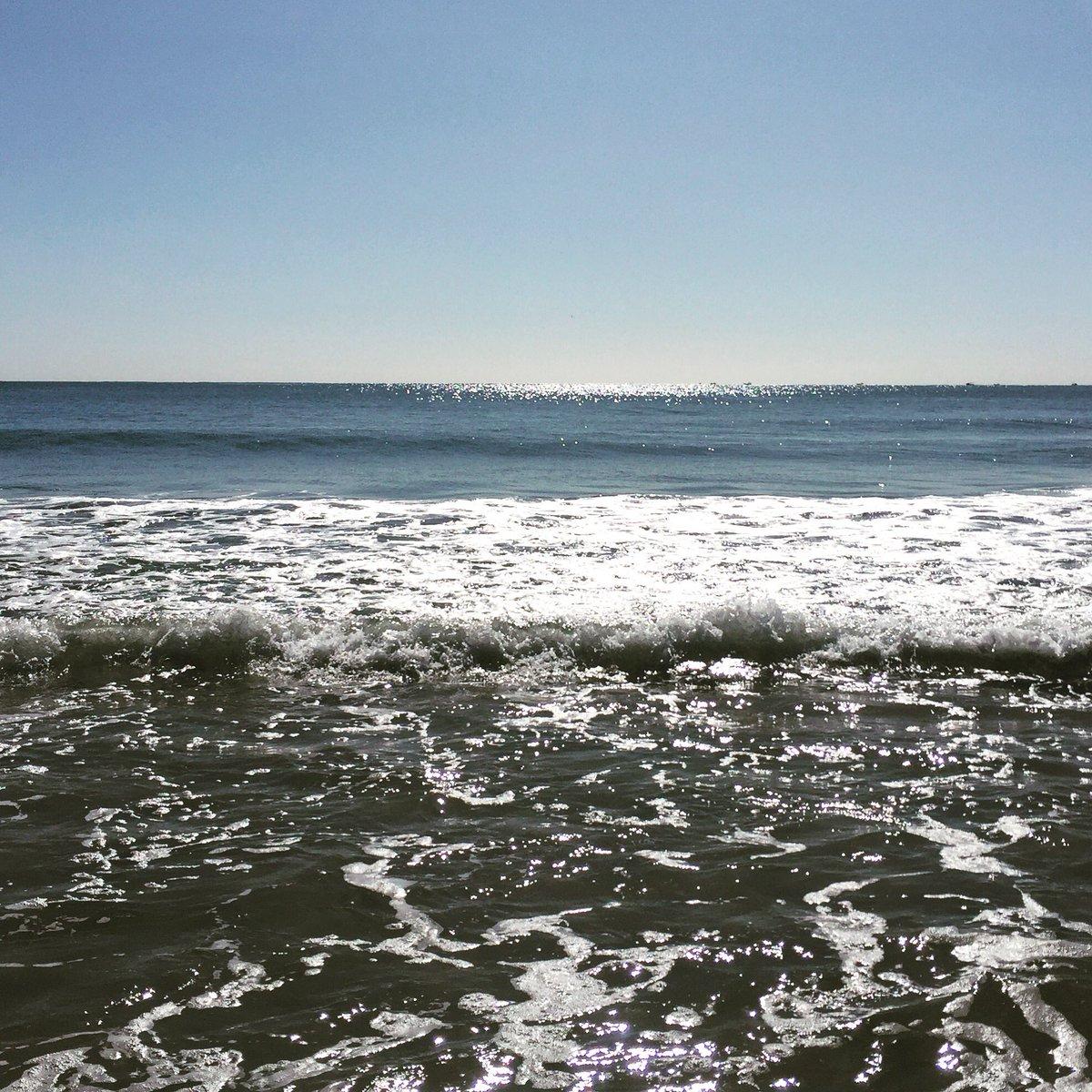 Minha vista... 🌊#BalneárioCamburiú #Brasil #Verão2020 #myview #Summer #ff #Friday #praia #beach #nicpic #natureza #naturephotography
