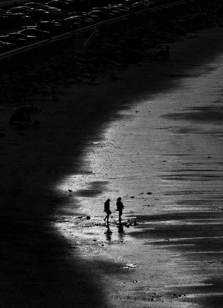 Beach Walkers #photo #photography #blackandwhitephotography #beach #dailyphoto #photooftheday