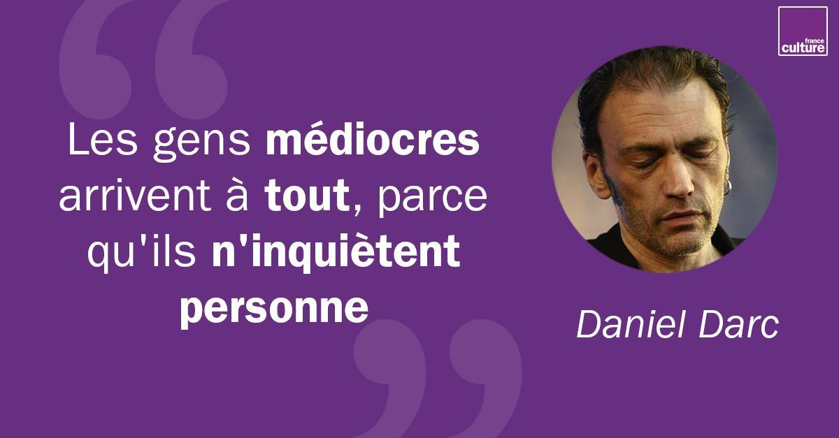 28 février 2013: mort de Daniel Darc.Rescapé de l'héroïne, libéré de ses démons, il était revenu sur scène, et, auteur inspiré très demandé, écrivait des chansons. Mais son histoire, son corps de rockeur prématurément usé devaient bientôt l'arrêter net https://www.franceculture.fr/emissions/les-nuits-de-france-culture/minuit-dix-avec-daniel-darc?utm_medium=Social&utm_source=Twitter#Echobox=1582897915…