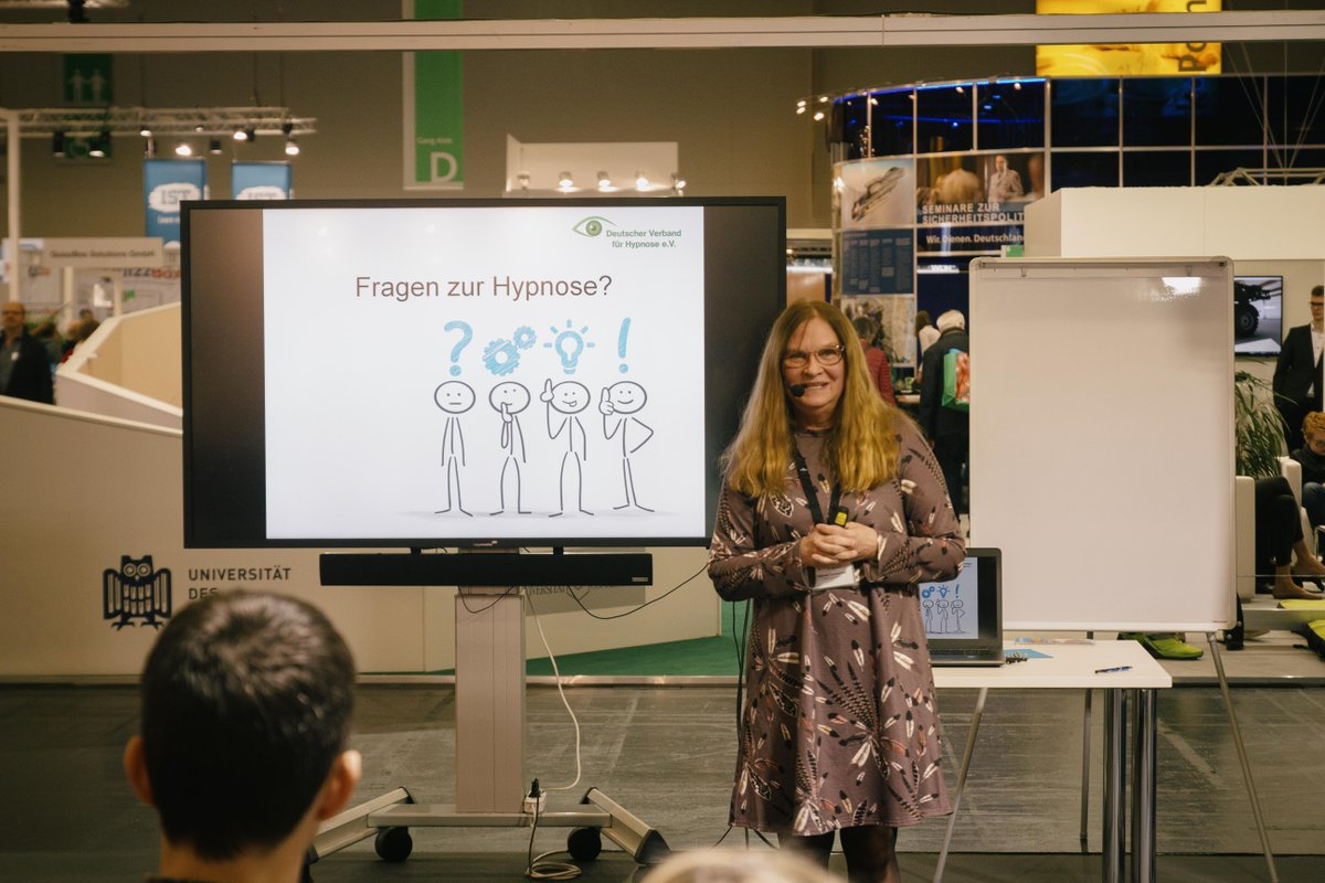 Vom 24.-28.3.2020 auf der didacta (Messe Stuttgart): Der Deutsche Verband für Hypnose e.V. steht Ihnen Rede & Antwort rund ums spannende Thema Hypnose. Wir freuen uns sehr auf Ihren Besuch! #hypnosepic.twitter.com/yyQFruaeMQ