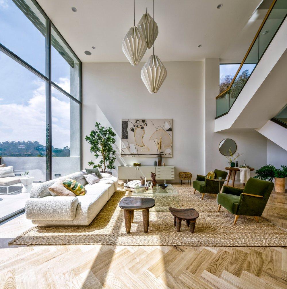 Echo House by Aaron Neubert Architects  #LA #hiltonhyland #luxuryhomes #milliondollarlisting #residential #realestateagent #zillow #luxuryrealestate #architecture #views #l4l #followback #instafollow #teamfollowback #picoftheday #iamyouragent #losangeles #santamonica #brentwood