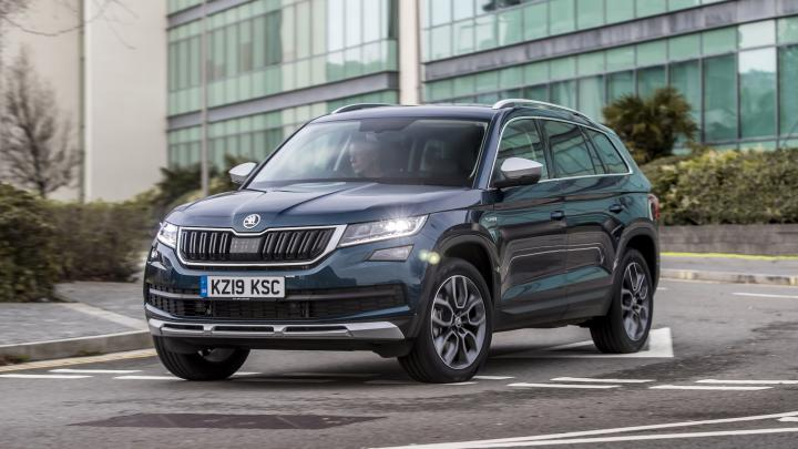 Arrive back at work in style in the #SKODA #Karoq! #Follow the link now to #learn more  #UK #Scotland #RT #FF #Quote #Life #Music #Autofollow #拡散希望 #News