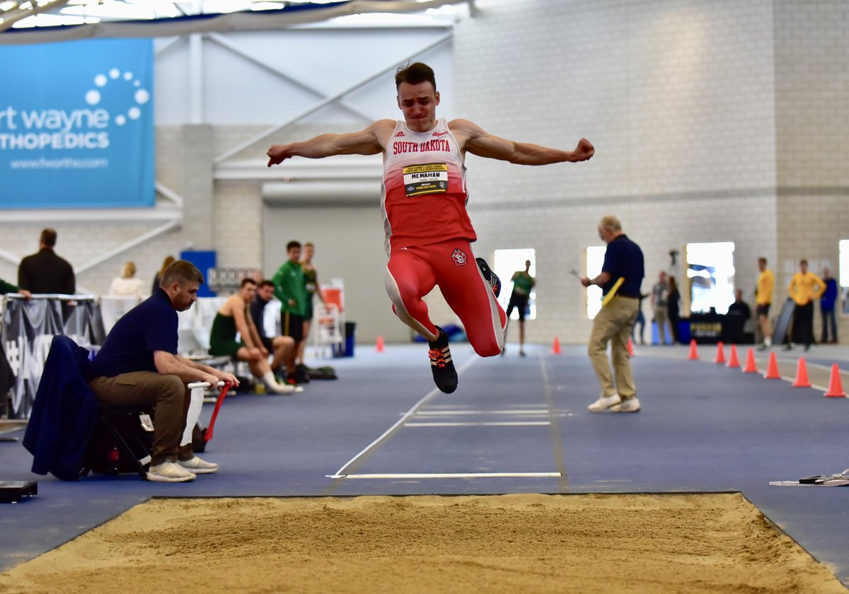 Men's Heptahlon:  Kenny McMahan sits in second with 1522 pts after long jump. He's followed by Will Stupalsky in third with 1511 pts and Marshall Faurot in sixth with 1370 pts.   Next up for the men is shot put. pic.twitter.com/awlkOT5syo
