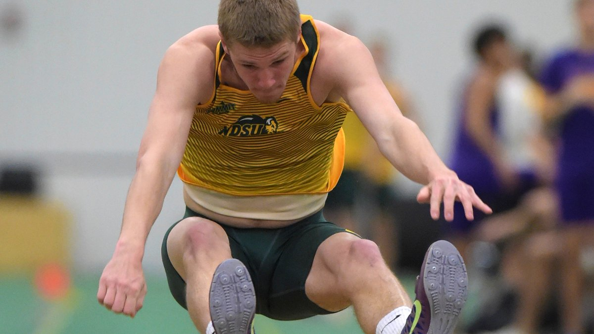 Ben Klimpke posts the top mark of 22-7 (6.88m) in the heptathlon long jump. He now leads the Summit League heptathlon after 2 events. pic.twitter.com/5r3Mf1vpJJ