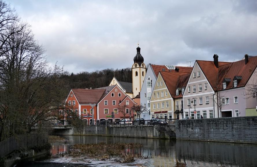 Češi a Němci se budou potkávat v bavorském Schwandorfu https://t.co/MtbYlErhfu #Cheb #Schwandorf #Setkání #Karlovarskýkraj #kultura #výstava #hudba #Bavorsko #bavaria https://t.co/yHC0lV51Xo