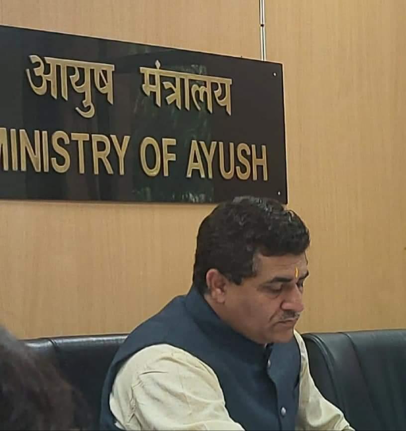 Ycb की मीटिंग आदरणीय डॉ जयदीप आर्य गुरु जी आयुष भवन दिल्ली@ayush @swabhimani1 @Yoga_I_Y_A @QualityCouncil @mdniy @Ishwar1000 @Sachin_YB @ParishadYog @rakesh_bstpyp @bst_official @yogrishiramdevpic.twitter.com/90twumL9CM