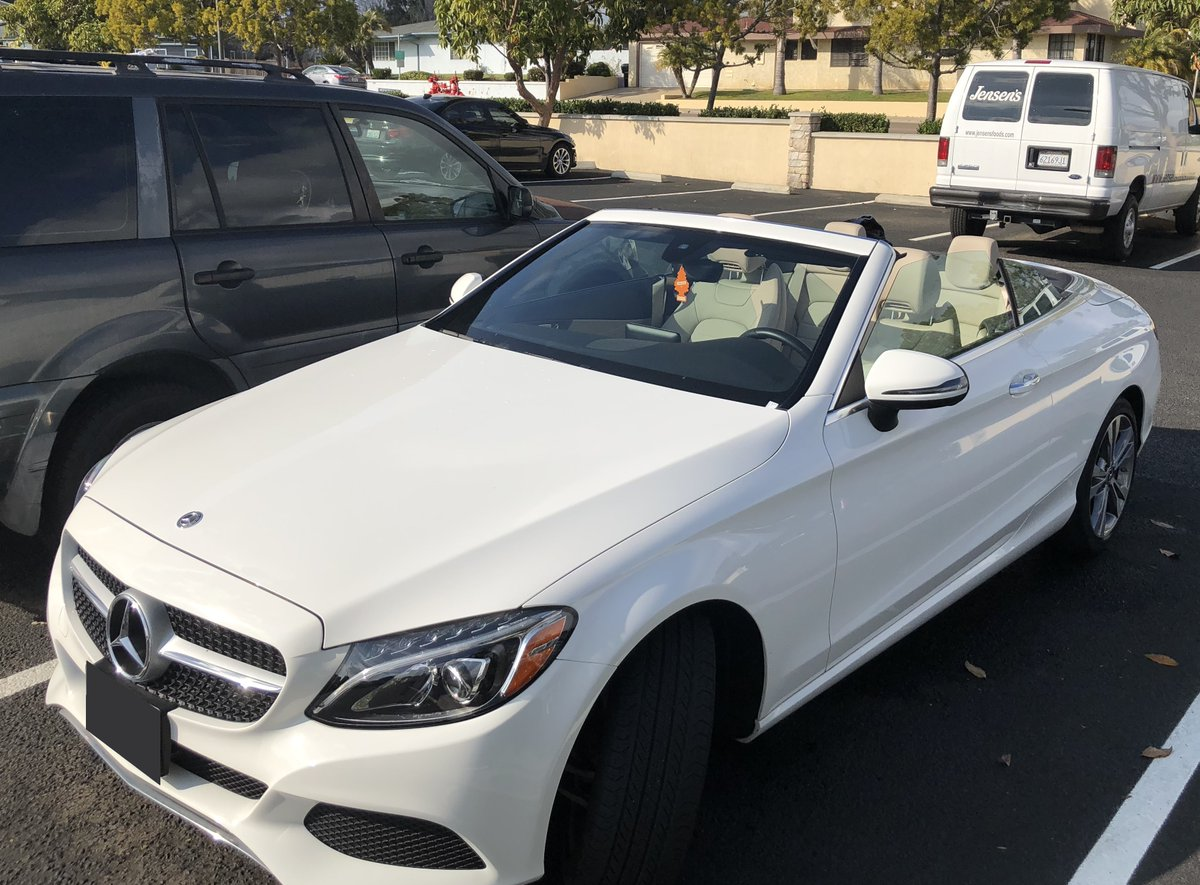 2018 Mercedes-Benz C300 convertible   $564/mo. 16-mo. lease transfer in San Diego, CA.  Details Here: http://j.mp/396u0mk  Contact the private seller today.pic.twitter.com/bEZZc3klOQ