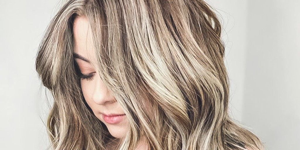 This color & style bring a whole new level of hair goals. by @beautybymelissamaepic.twitter.com/mxG2z2Vypq