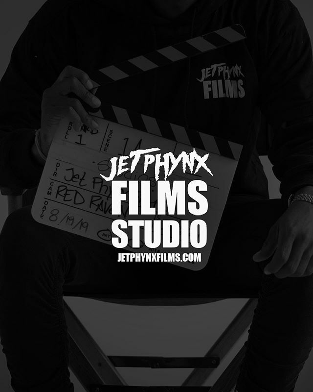 """Go ahead and BOOK the """"Creative Loft"""" for your next project! Contact @jetphynxfilms_studios  Where the creatives create  #studio #studiorental #peerspace #airbnb #filmlocation #photographystudio https://ift.tt/3cfD4qQpic.twitter.com/n3FdIJ8n6w"""