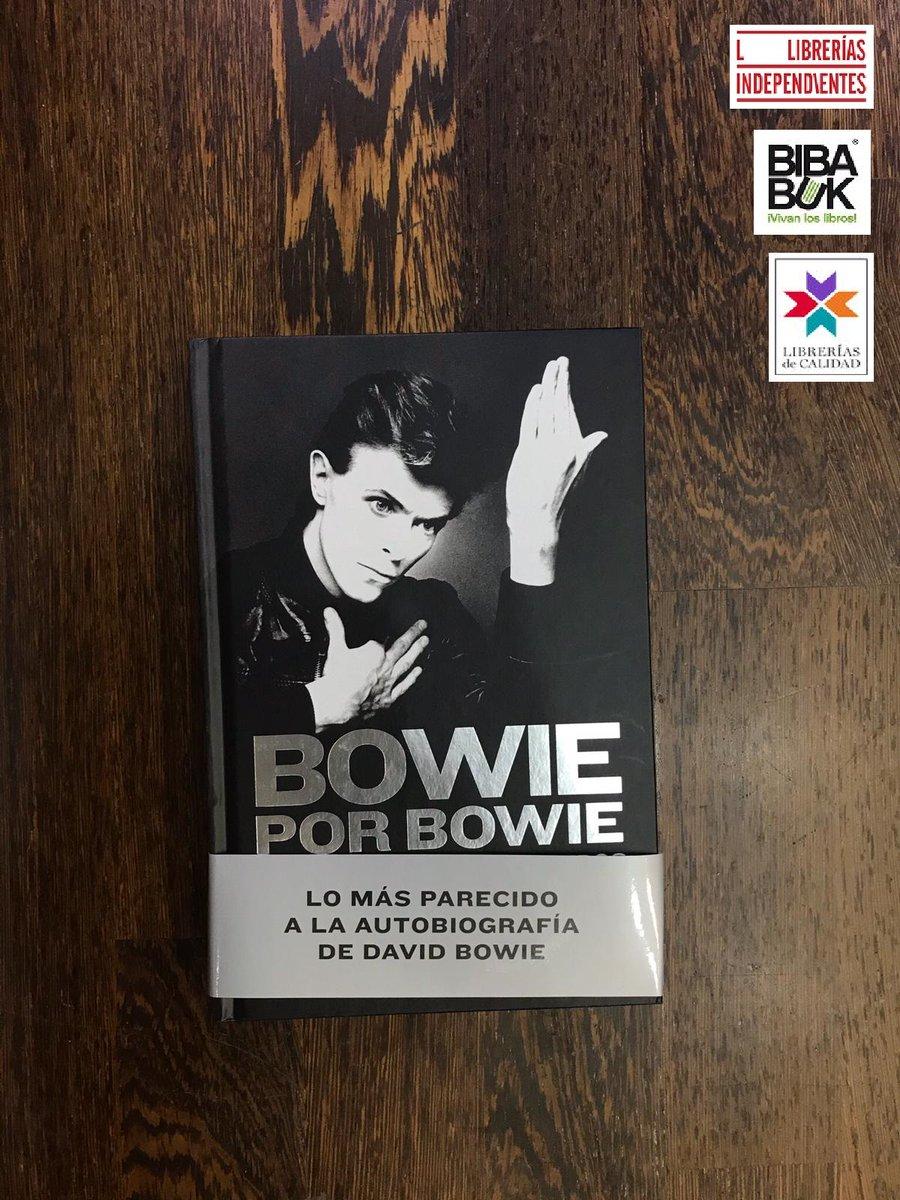 Bowie por Bowie reúne las mejores entrevistas que ofreció a lo largo de sus casi cincuenta años de carrera en los que se explaya en profundidad. Lo más cercano a una autobiografía relatada en tiempo real de una leyenda del rock y el pop  https://www.bibabuk.es/libro/bowie-por-bowie_171315…pic.twitter.com/AAPltmjl0u