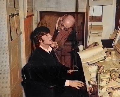 #thebeatles #1960s #georgeharrison  #paulmccartney #theonlyfabfour #thecutebeatle #beatlemania #lennon #60s #johnlennon #ringostarr #beatlesliverpool #mccartney #thebeatlesfan #thedrummer #fabfour #music #ringostarrfans #mclennon #yesterdaypic.twitter.com/1qBXD8S1it