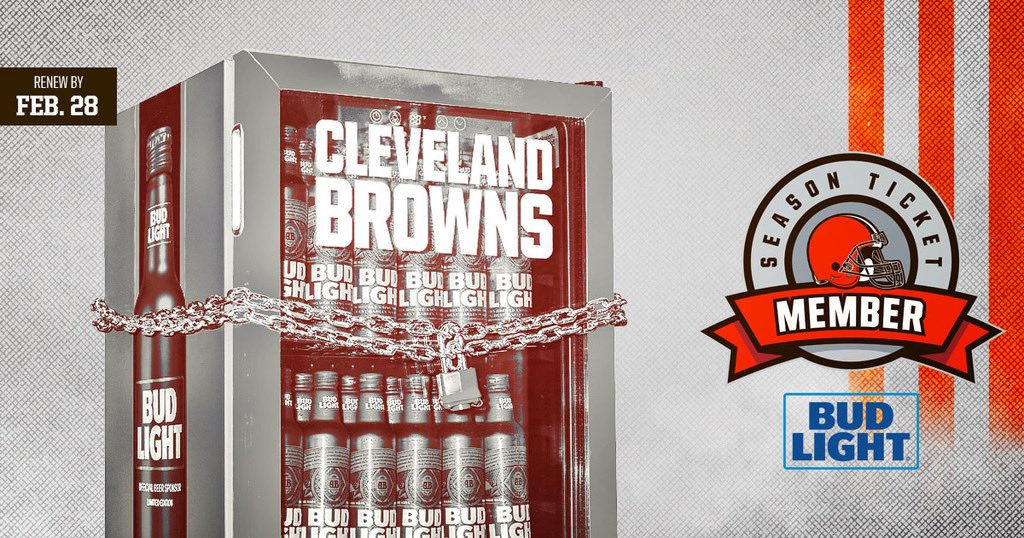 Renew your season tickets by 5pm today and you could win a Bud Light Fridge, free season tix from FirstEnergy, or a Super Bowl trip!   Don't have tickets? Place a season ticket deposit to reserve your spot in line.  http://brow.nz/renew  http://brow.nz/deposits  440-824-3434pic.twitter.com/ByzZ9FtnDm
