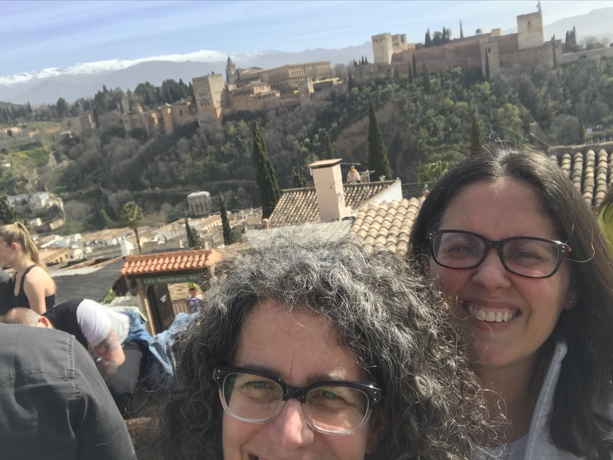Pasamos un buen día en Granada, España. Ciudad maravillosa! pic.twitter.com/sdD8nCbGxq