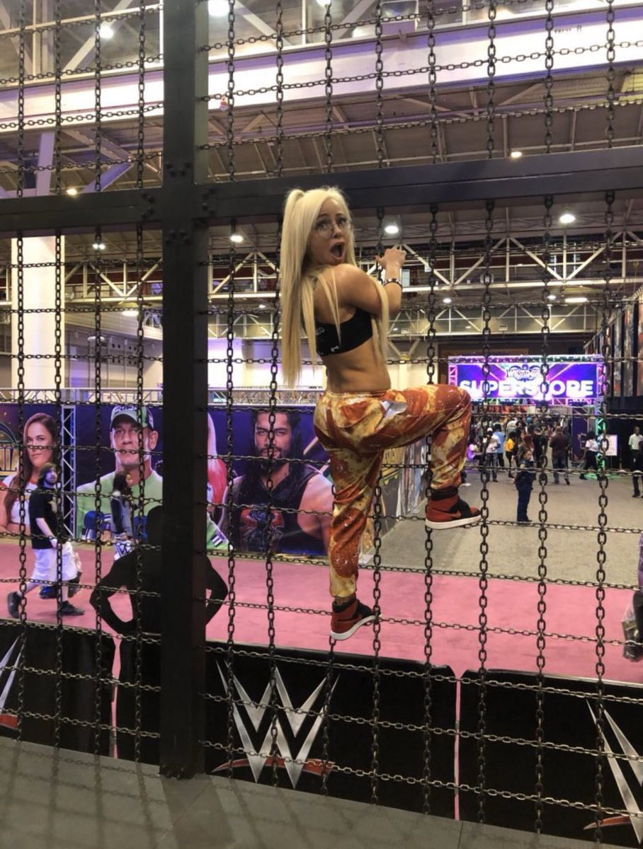 YaOnlyLivvOnce photo