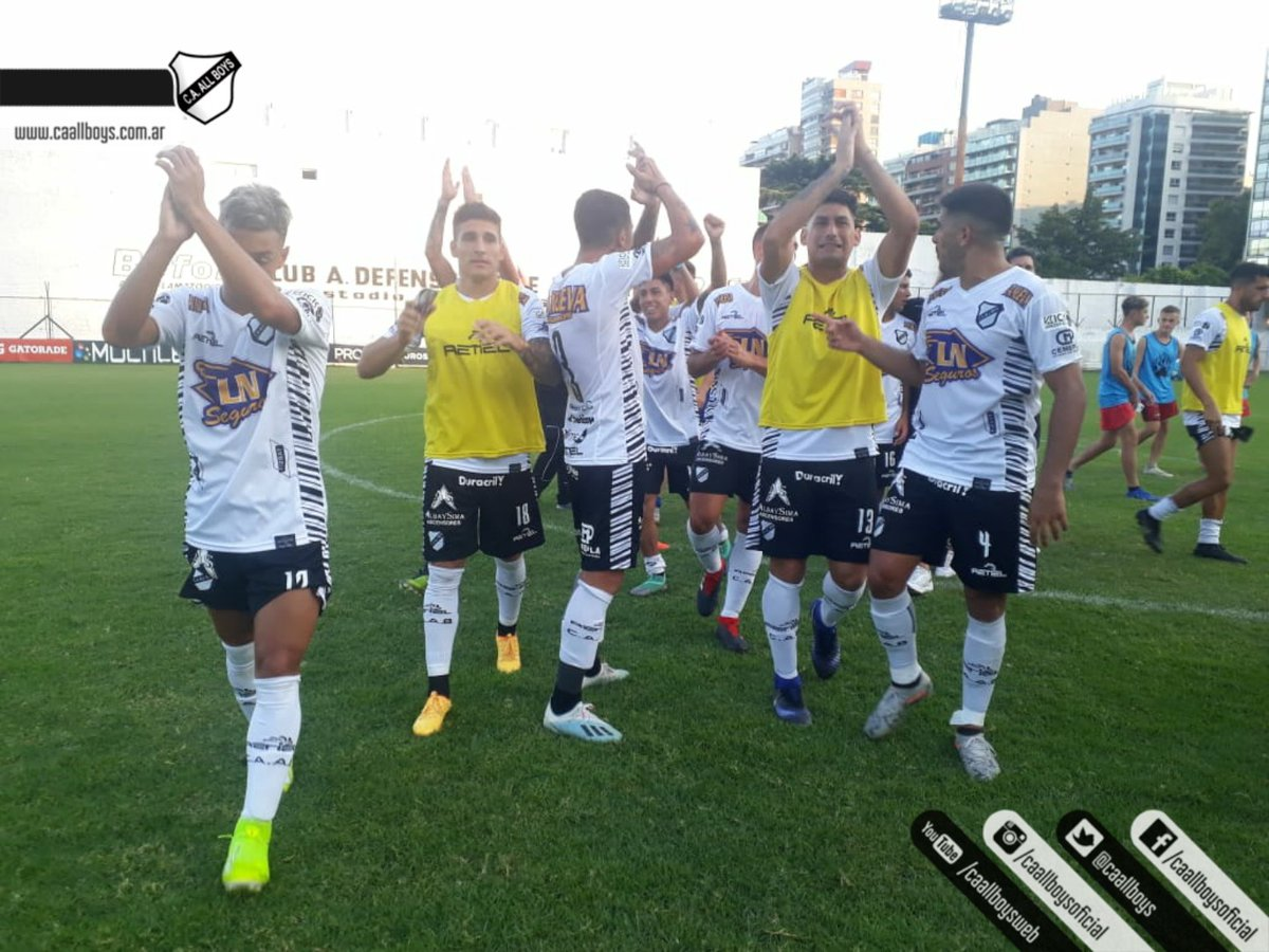 Defensores de Belgrano 0 All Boys 2 - Primera Nacional 2019/20 (Fecha 19) - Vídeo ER5SS_LWAAEszcC?format=jpg&name=medium