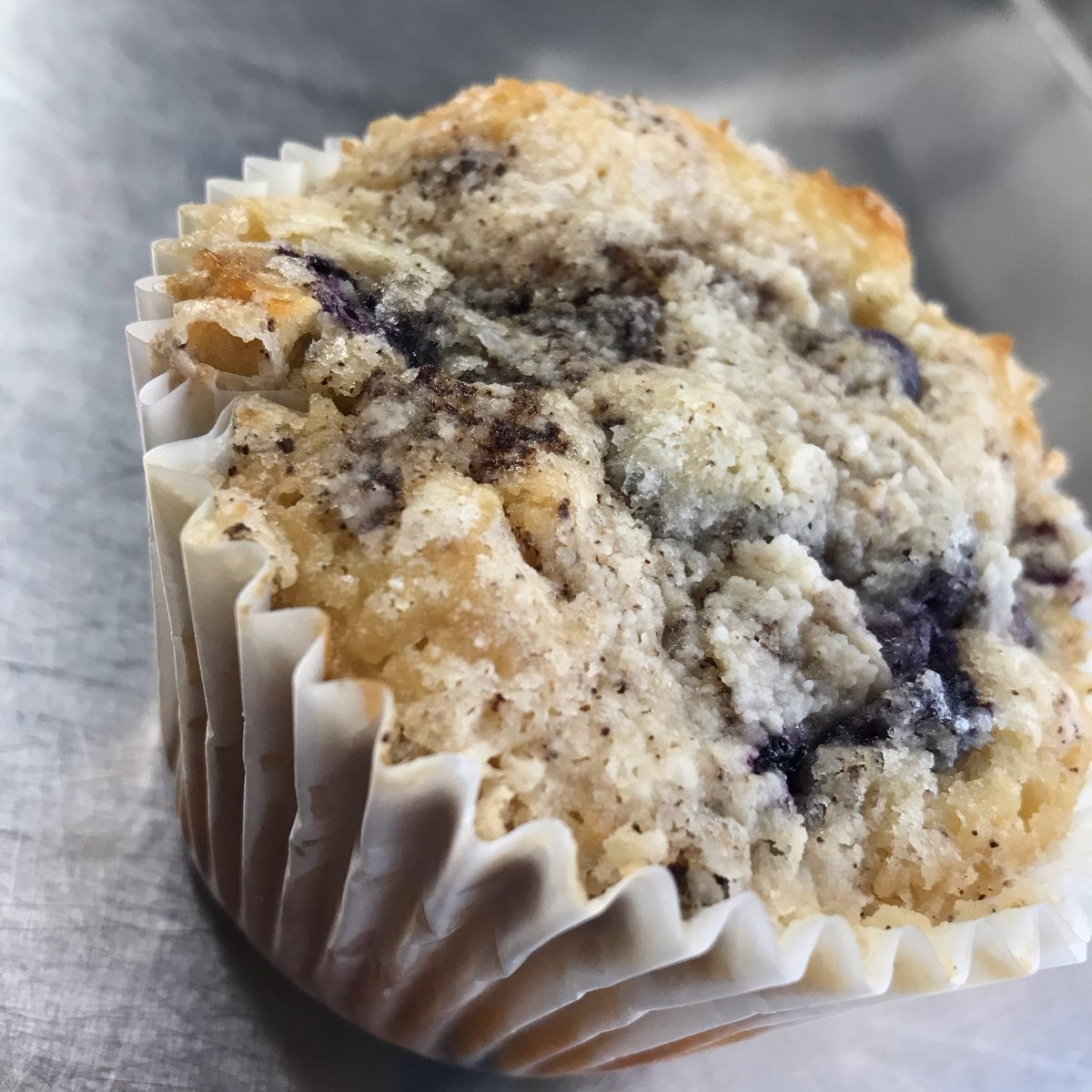 Midday Cake Break!  We have Lemon Blueberry Muffins, Patty Cake, and Cookies.  Come and get your pick me up!  #recess #foodtruck #recessfoodtruck #Oregon #oregoncoast #localeats #pnw #fresh #burger #cookies