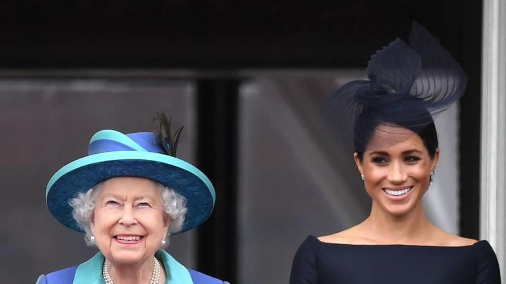 Meghan Markle, enfadada con la reina Isabel II por los obstáculos que ha puesto a su 'Megxit' https://viraltv.es/meghan-markle-enfadada-con-la-reina-isabel-ii-por-los-obstaculos-que-ha-puesto-a-su-megxit/…pic.twitter.com/3TNBtBlkTm