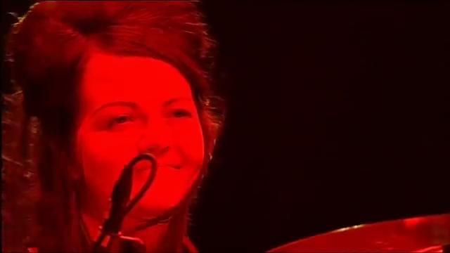 When Will We See The Return Of Meg White?  #MegWhite #WhiteStripes @whitestripesnet #percussionist #Drumspic.twitter.com/VdnZrBJhnA