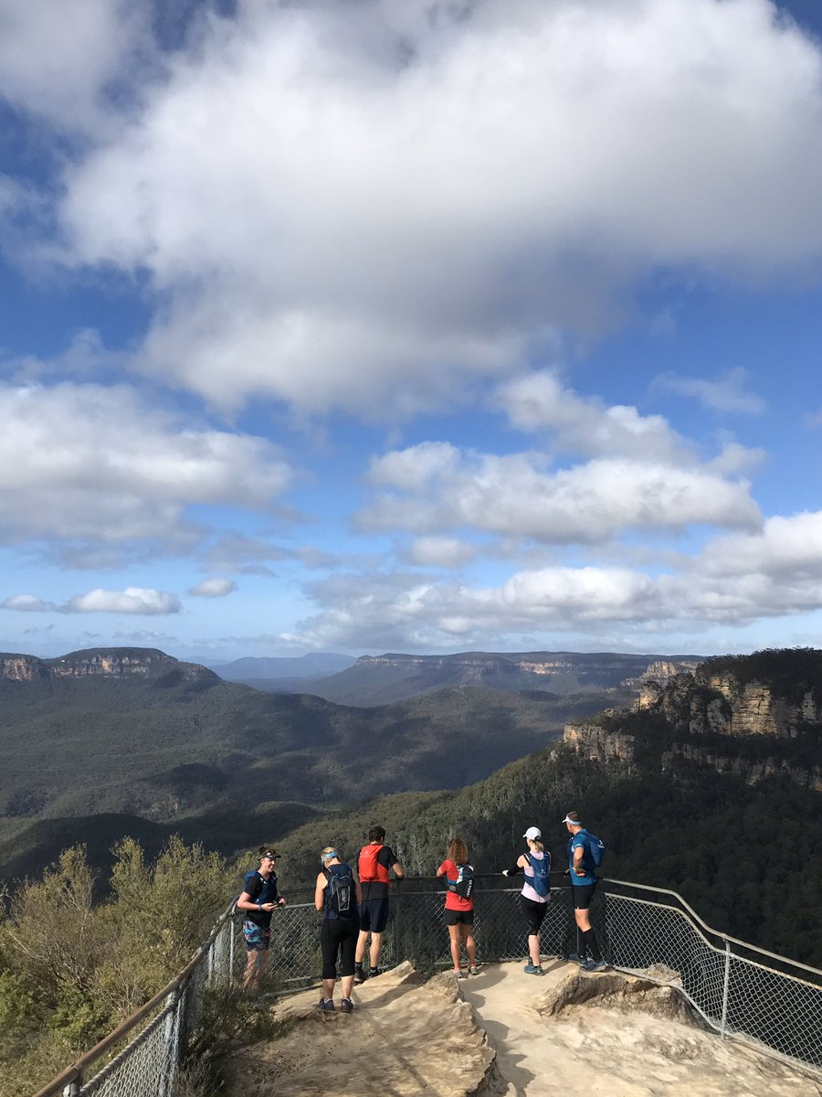 Today I went for a run in the Blue Mountains and it was as magnificent as you could ever imagine. #uta100 pic.twitter.com/6FgKwElxPN