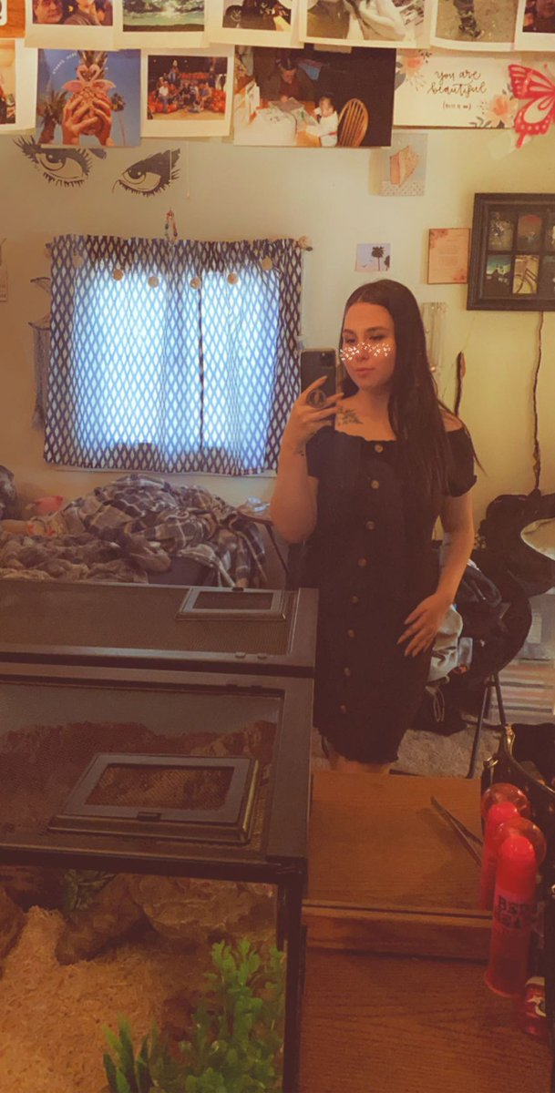 #mirrorselfie pic.twitter.com/2ASijPHYwa