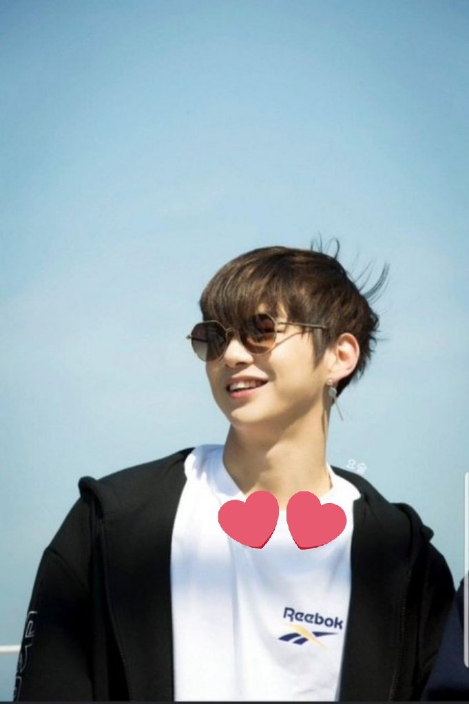 Happy 6 Months Anniversary to the amazing fandom named #DANITY  Let's always love and support our sunshine  spring is coming very soon so let's have a new start and walk on success and flowery path   #DanitySelcaDay  #KangDaniel #강다니엘 @danielk_konnect<br>http://pic.twitter.com/bChOOLmeG6