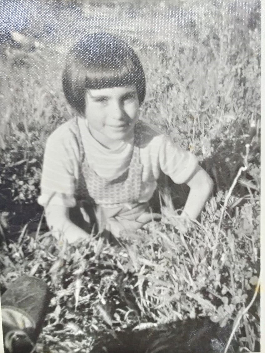 ¡¡¡INCREÍBLE!!! Una infancia de cine (bastante subjetiva). Julia Millán Sanjuán. Ubeda (Jaén) - Zaragoza.  Me llamo Julia Millán Sanjuán y nací en Úbeda (Jaén). Allí viví hasta los 18 años. Luego me trasladé a vivir a Zaragoza para estudiar... LEE DENTRO https://www.bachilleratocinefilo.com/2020/02/una-infancia-de-cine-julia-millan.html?spref=fb&fbclid=IwAR2qkGuVPjSS4hgUN90iCqldjp6HNSwC3YQD2BGXlDH-2vwVGcHjTfdlC3M…pic.twitter.com/5fa5nwydGb