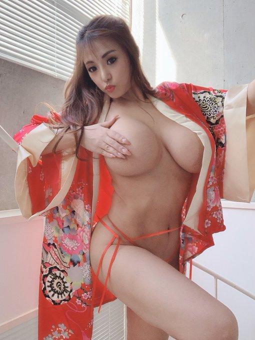 AV女優さくら悠のTwitter自撮りエロ画像23