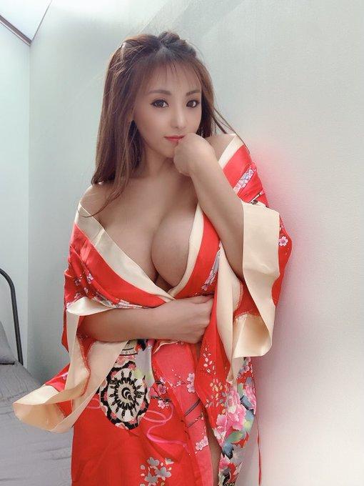 AV女優さくら悠のTwitter自撮りエロ画像26