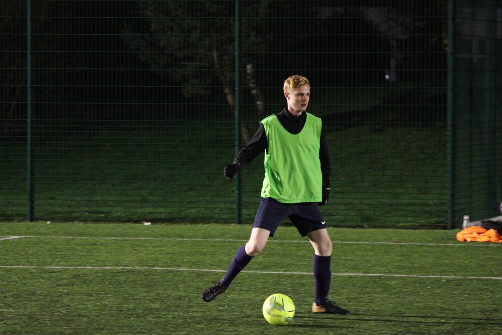 Advertise with us now and boost your local business. Message us now to learn more.#6aside #football #league #welwyngardencity #hertfordshire #fitness #exercise #goal #getfit #soccer #MNF #FAaffiliated #photography #FAreferees #run #running #goals