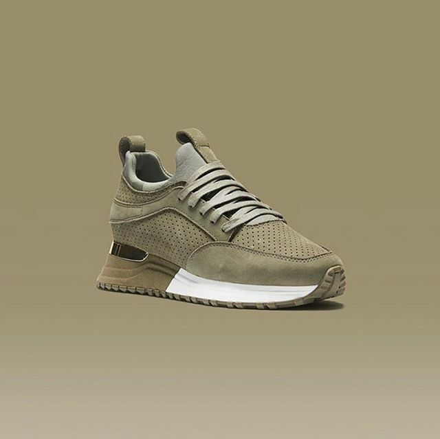 #MALLET #ARCHWAY 2.0 #OLIVE SNEAKER €200 SS20 #WOMEN•For more Mallet https://www.derodeloper.com/dames/mallet/ #mode #instafashion #fashiongram #fashion #fashionista #fashionaddict #ladies #women #paris #france #london #uk #milan #italy #sneakerfreak #sneakerhead … https://www.instagram.com/p/B9JrG2ihHoU/
