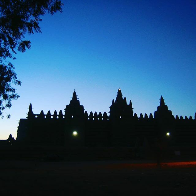 Grand Mosque of Djenne, Mali, West Africa#mosque #mosquée #djenne #Mali #mali #westafrica #afriquedelouest #africa #unesco #worldheritage #culturalheritage #adobearchitecture #mud #モスク #マリ #西アフリカ #世界遺産 #ユネスコ #アフリカ #文化遺産 https://ift.tt/2VyGzTy