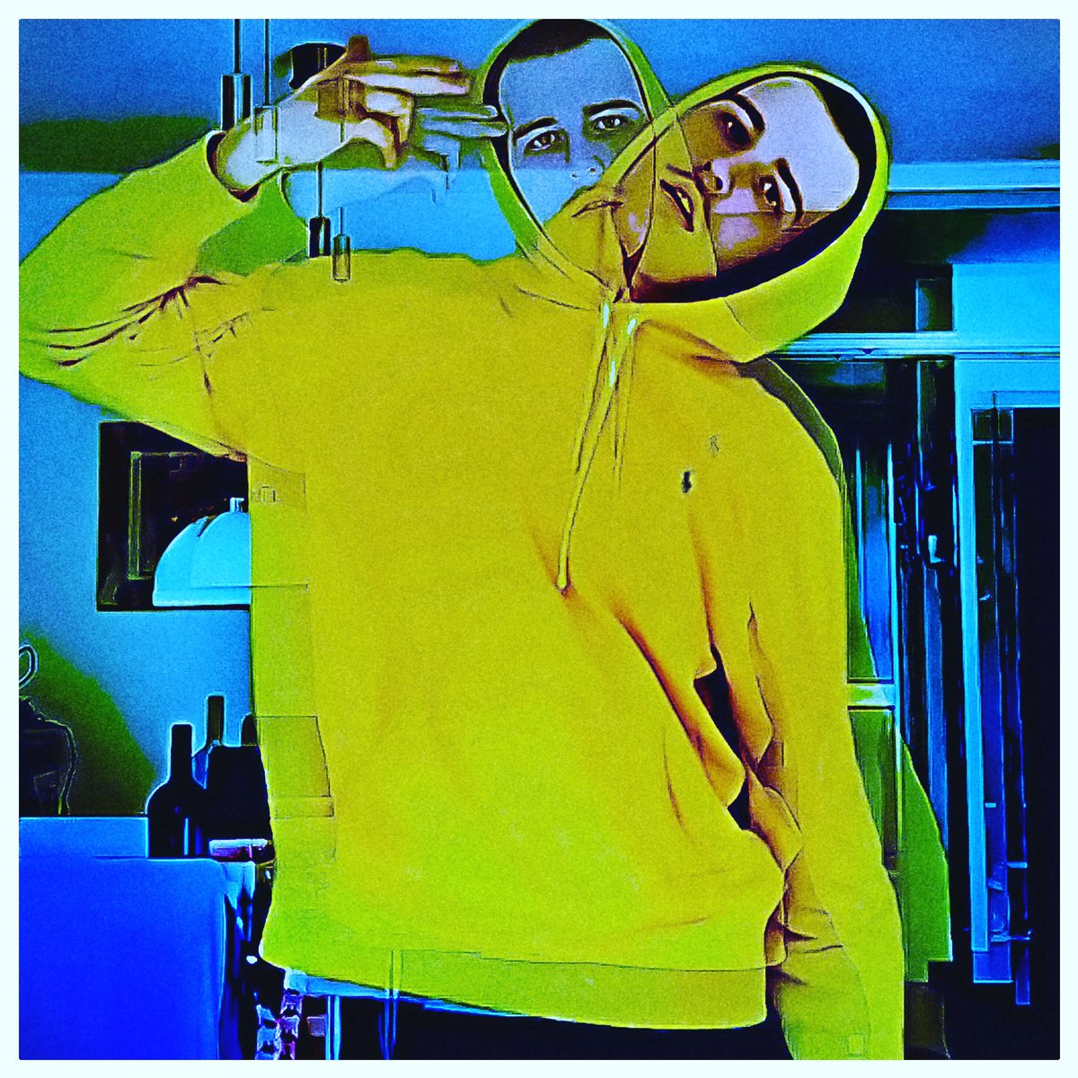 #todayimwearingthis #styleiswhat #justaddsole #shoeoftheday #madewell  #everydaymadewell #mrporterlive #menwithstyle #storyportrait #postmoreportraits #makeportraitsnotwar #chasinglight #justgoshoot #handsinframe #newblogposts #newblog #modeblogger #pasteloftheday #colorlovepic.twitter.com/VK9g16XjD5