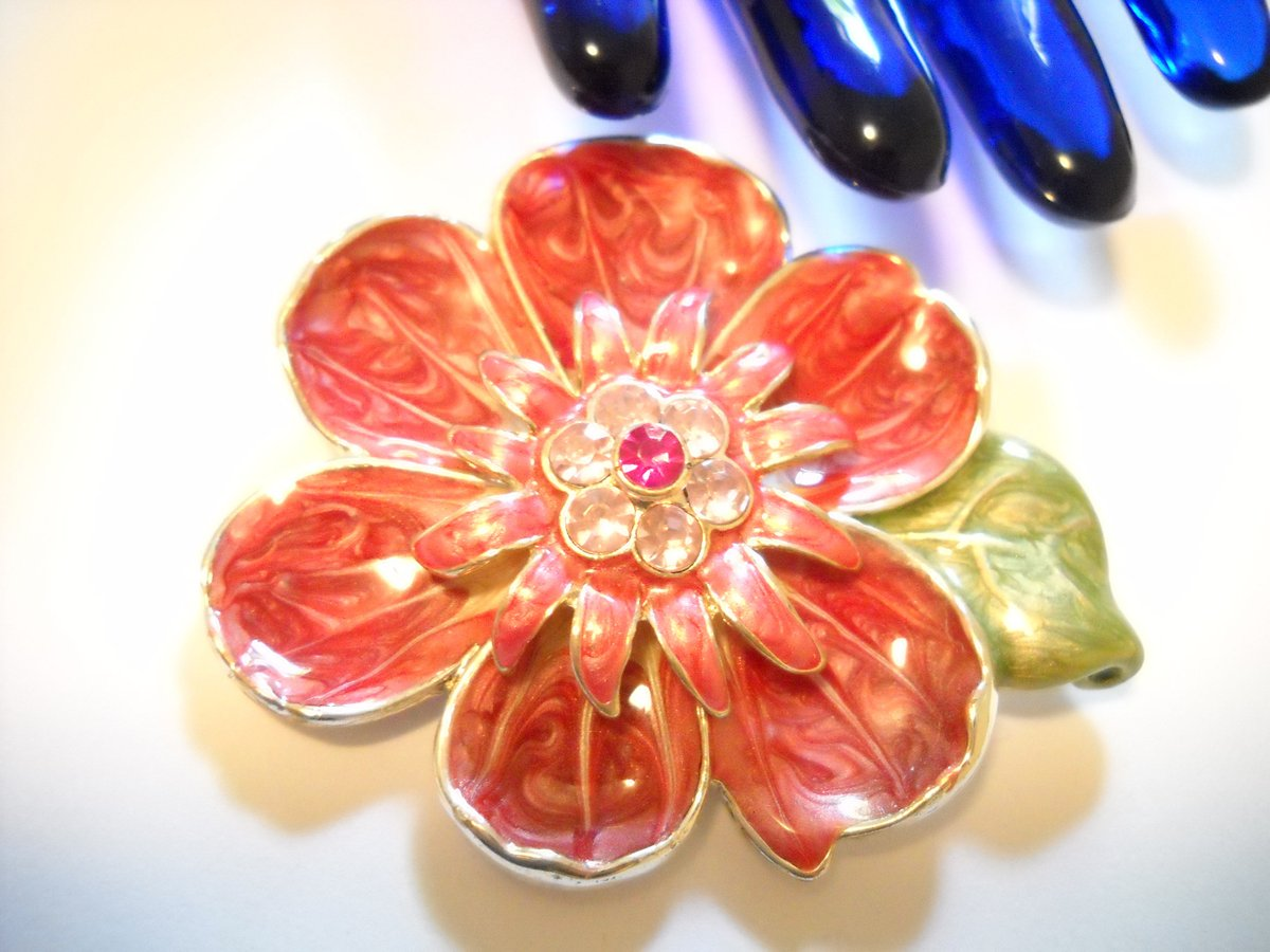 Excited to share the latest addition to my #etsy shop: Vintage Brooch Pink Enamel Rhinestone Green Enamel Leaf Flower Brooch Statement Jewelry Mid Century  #jewelry #brooch #pink #no #women #green #floral #christmas #wedding