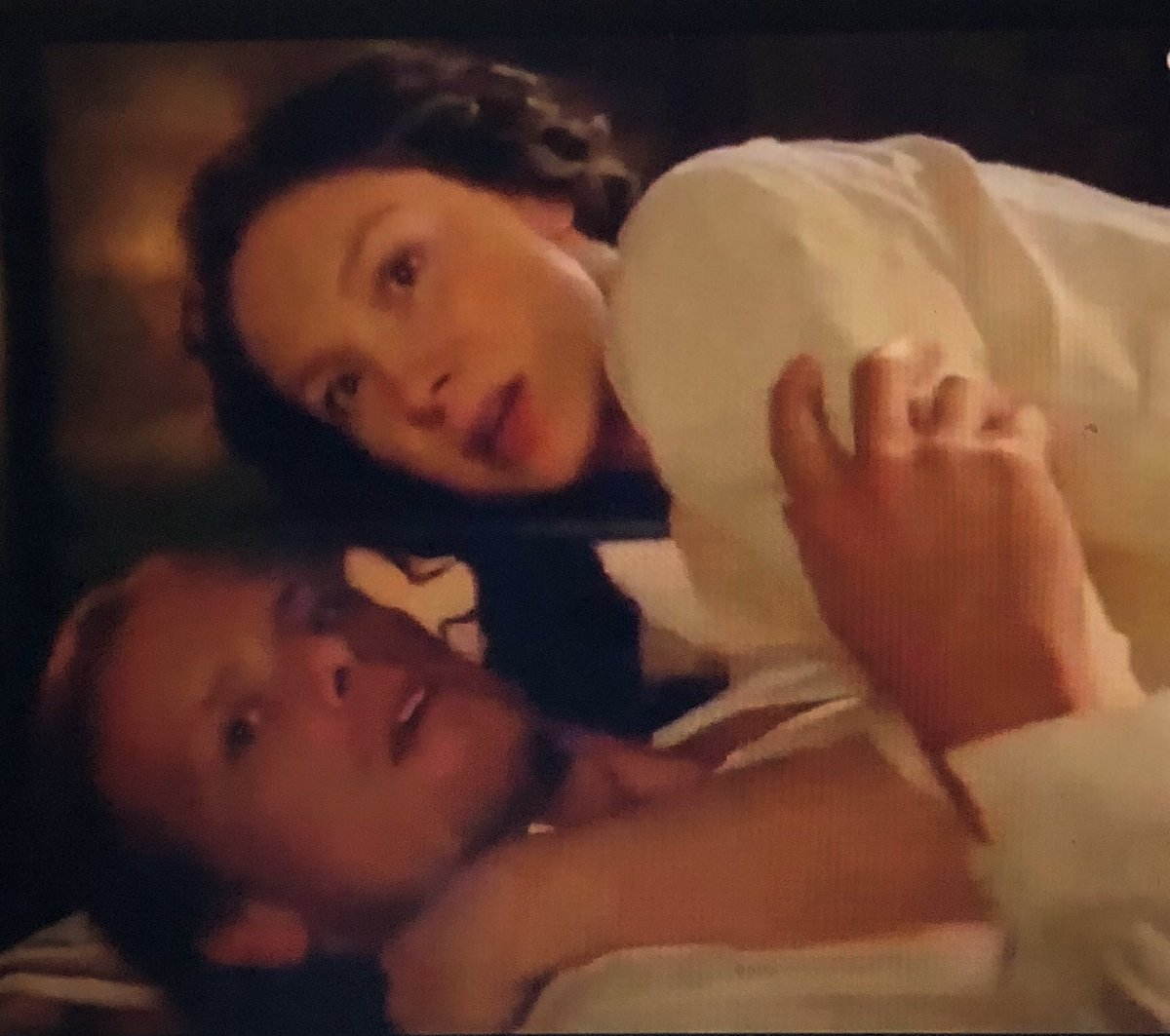 @pellicott1 And then it happened AGAIN! 🤣🤣🤣#Kissusinteruptus  #TheFrasers #Outlander #OutlanderSeason5Premiere
