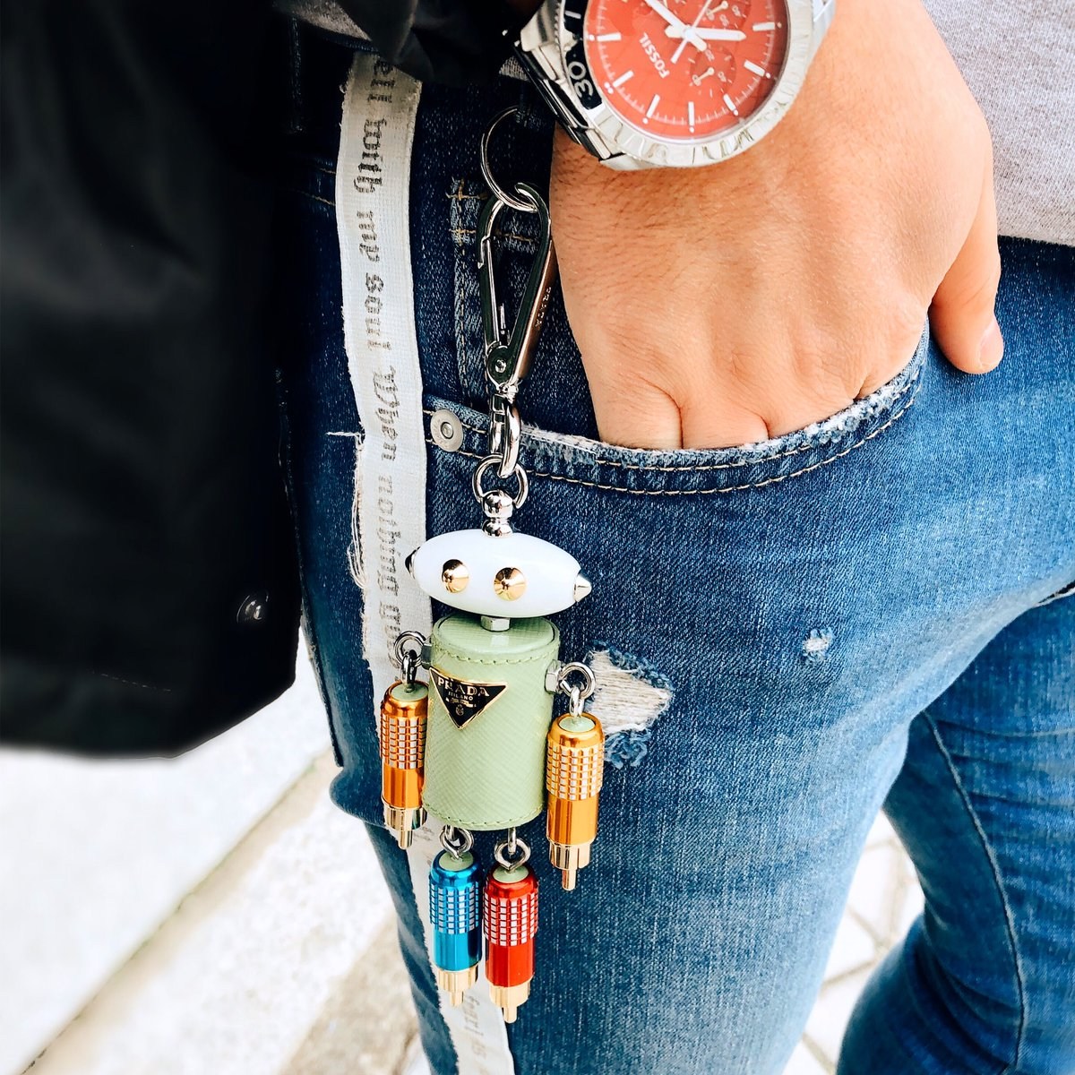 [PRADA] or NADA🤖  _______________________ #prada #pradakeyring #keyring #keyrings #georgesplaces #bracelet #pretty #love #beautiful #trendy #fashion #fashionista #accessories #pradavintage #lifestyle #mensfashion #lifeisgood #stylemen #styleinspiration 🟢🟩