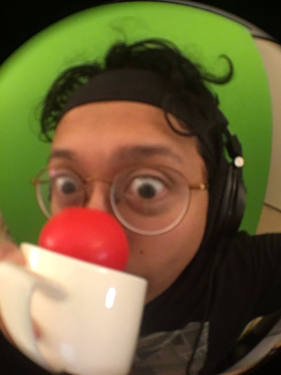 live! warming up with #CoffeeTalk then heading over to #DarkSouls3 - we're in the end game apparently! cya there