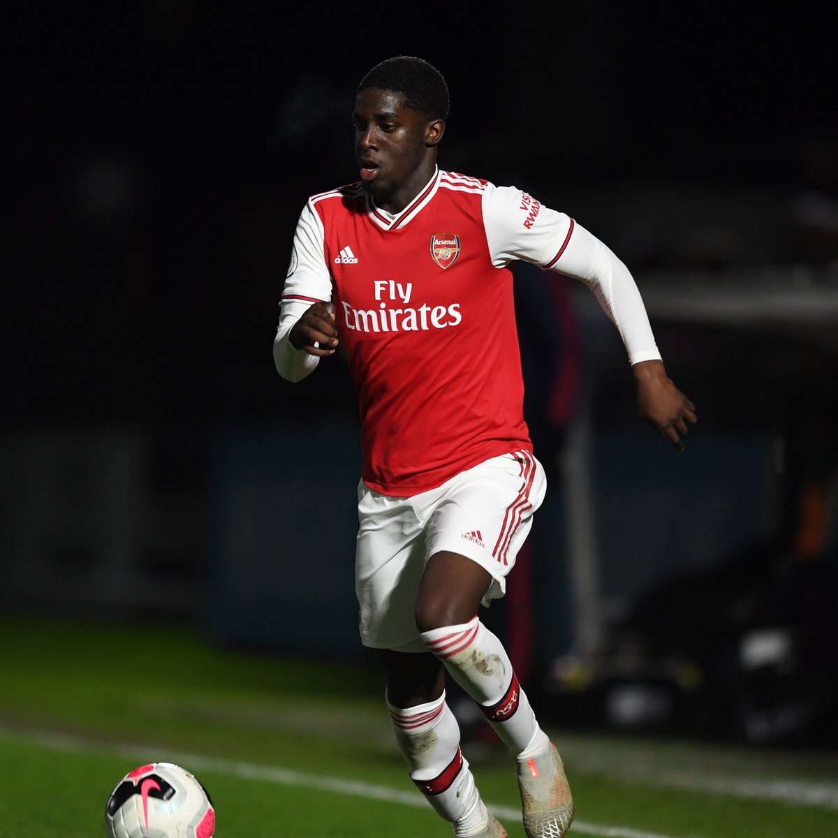 Our third and final substitution of the evening... ⬅️ Omole ➡️ Ogungbo 🔴 1-2 🔵 (79)   #PL2