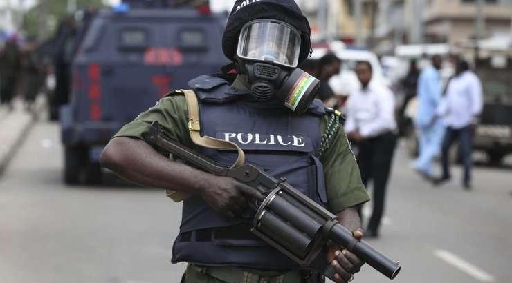Bayelsa: Police Extend Curfew To February23 https://www.naijanews.com/2020/02/17/bayelsa-police-extend-curfew-to-february-23/…pic.twitter.com/sdXUe7zal2
